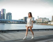 chloeting_45_3_Docklands
