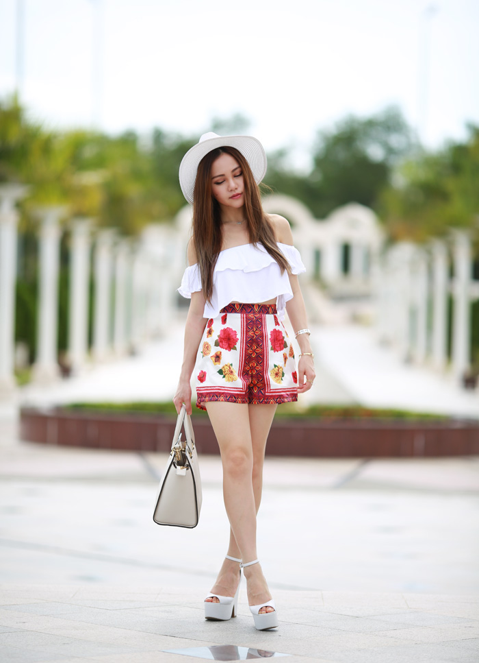 White_summer_chloeting_06