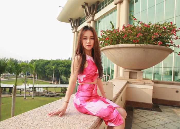 Pink_Floral_chloeting_01
