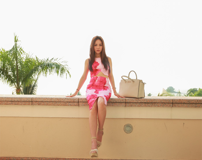 Pink_Floral_chloeting_02