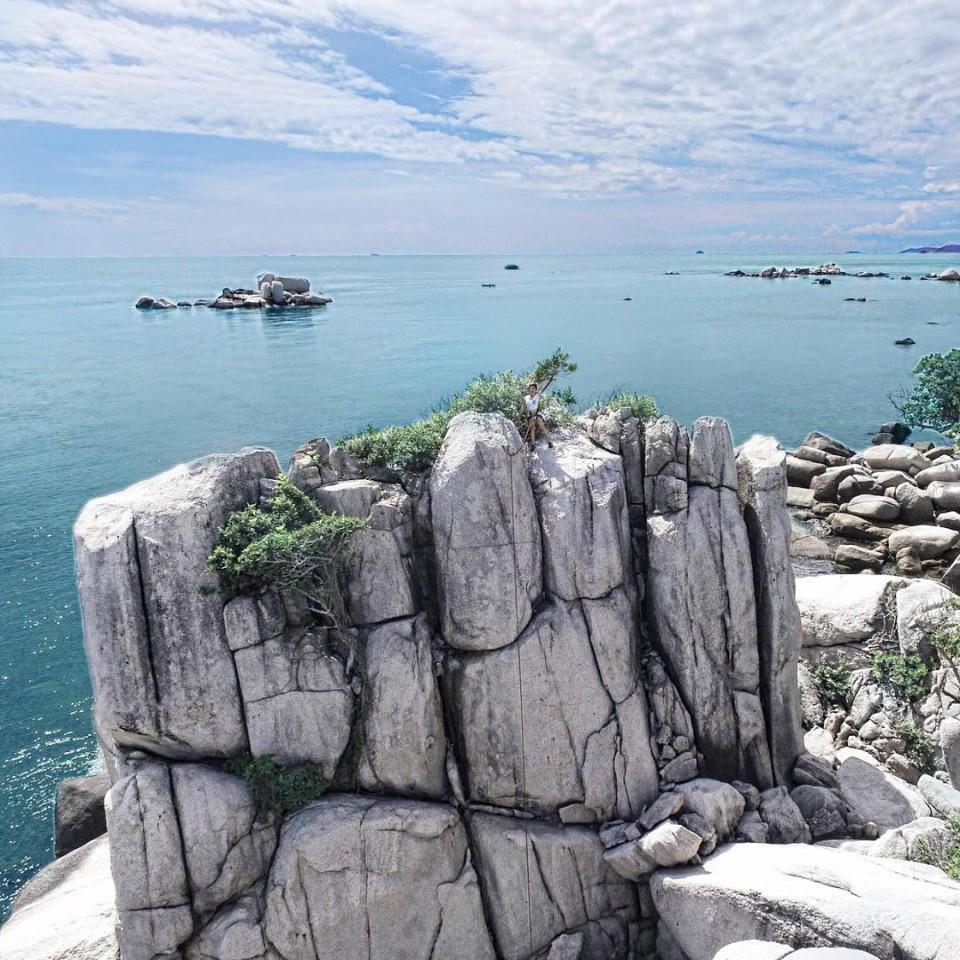 Nikoi Rock Climb