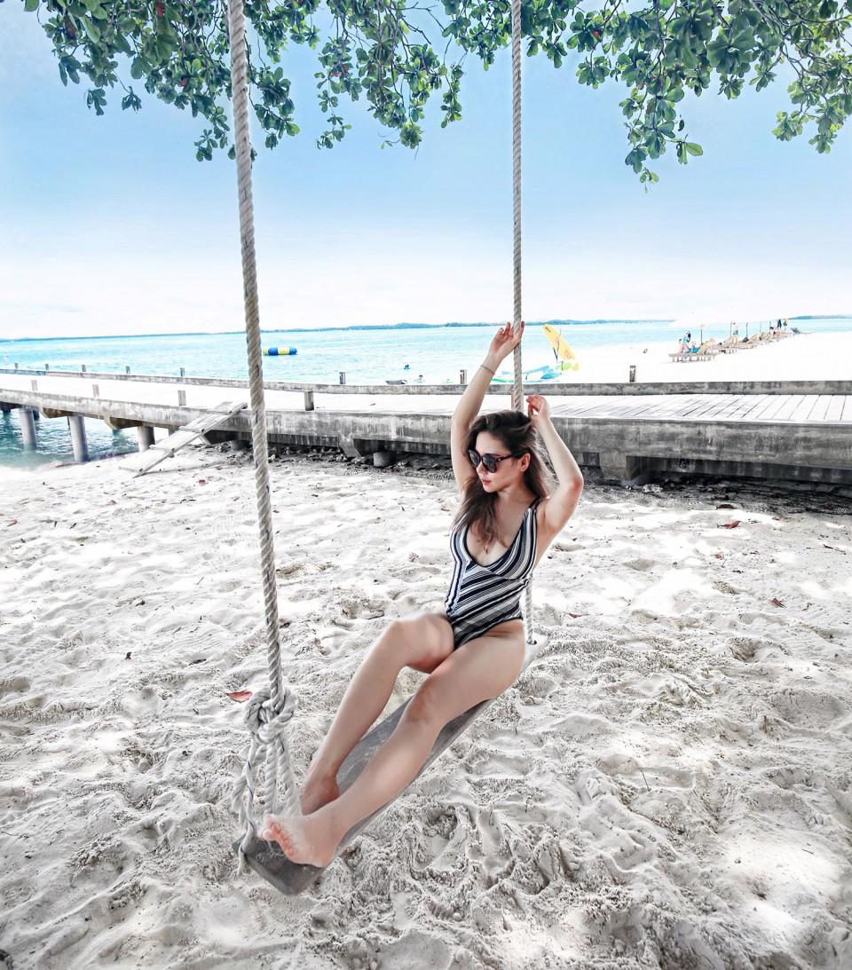 nikoi beach1